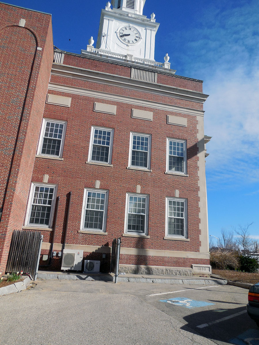 288-CentralDover-NH-Town-hall.jpg